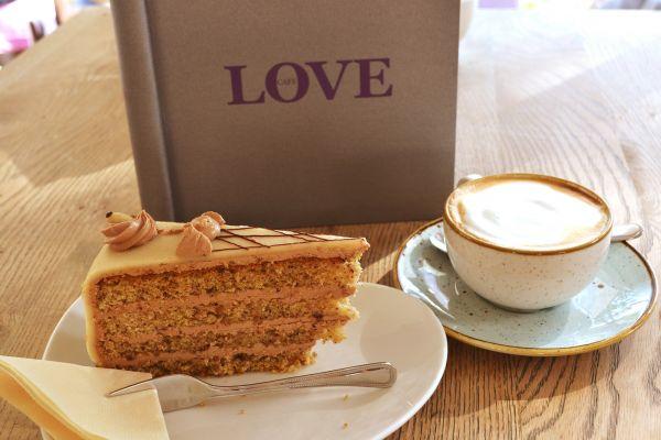 cafe_love_09440D01F8-8B20-5A7D-C2D9-174A5D5465E1.jpg